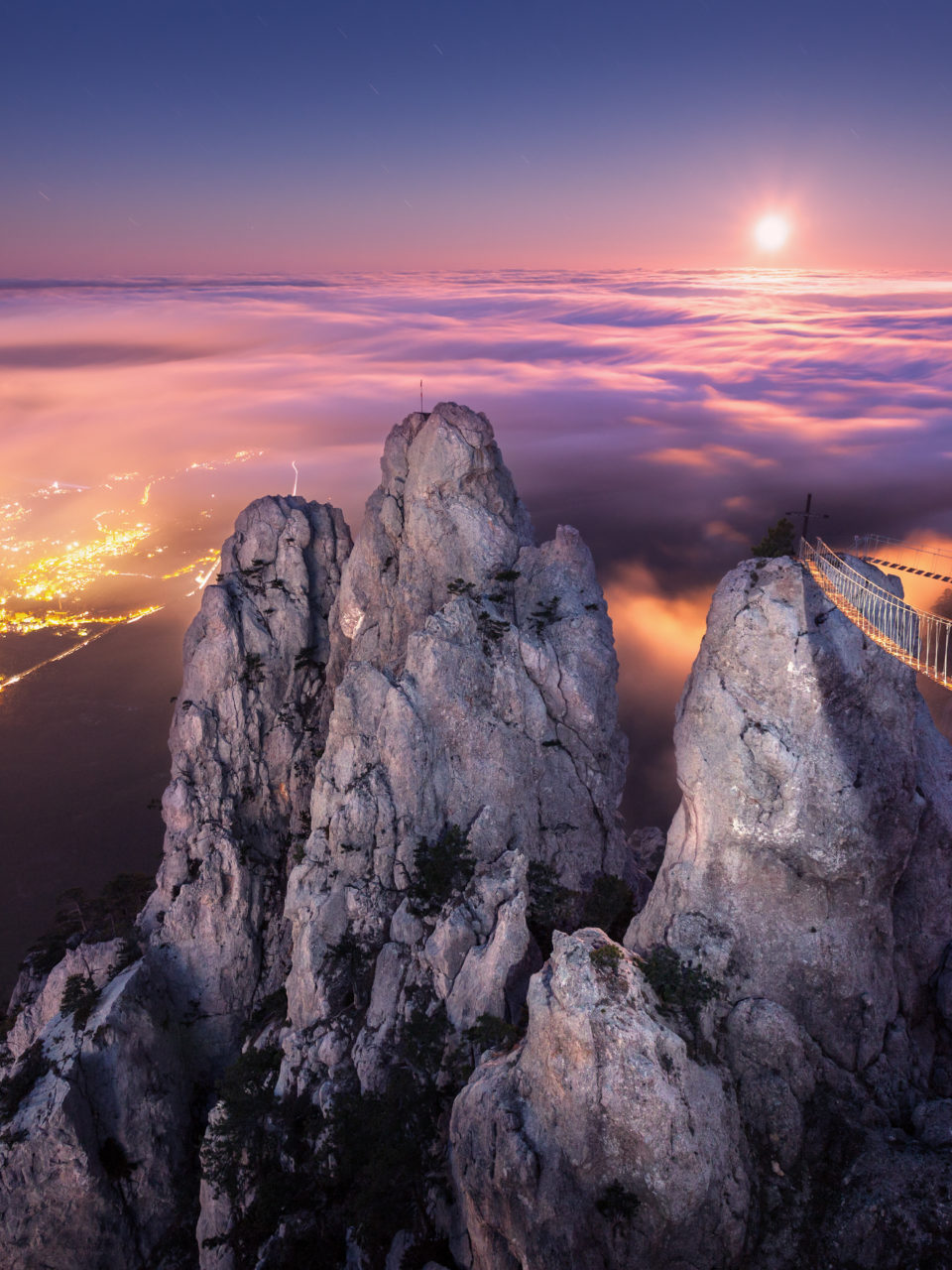 https://www.planetavenue.com/wp-content/uploads/2019/02/mountain-landscape-with-rising-full-moon-at-night-PT76UEQ-960x1280.jpg