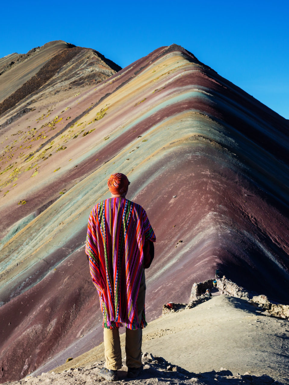 https://www.planetavenue.com/wp-content/uploads/2019/06/rainbow-mountain-PH4CFB7-960x1280.jpg