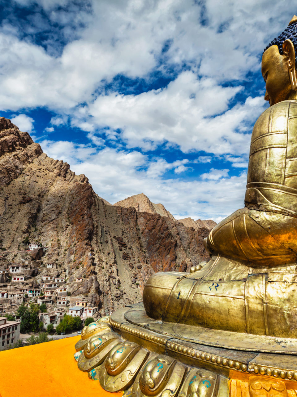 https://www.planetavenue.com/wp-content/uploads/2020/12/buddha-statue-and-hemis-monastery-ladakh-PKG4SG9-960x1280.jpg